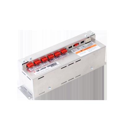 Fuente de poder SILVER SERIES 660L, para 3 pares de luces estroboscópicas.