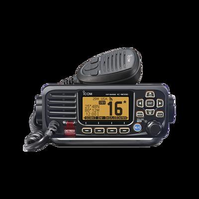 Radio móvil marino ICOM, color negro, Tx: 156.025 - 157.425 MHz, Rx: 156.050 - 163.275 MHz, sin GPS interconstruido, 25W de potencia, sumergible IPX7 incluye micrófono y cable de alimentación