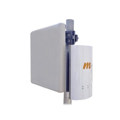 Kit de Radio A5c con antena tipo panel de 19 dBi y 60º de apertura, 1.5 Gbps, Frecuencia de 4.9 a 6 GHz, ideal para distancias de hasta 6 km, Jumpers incluidos