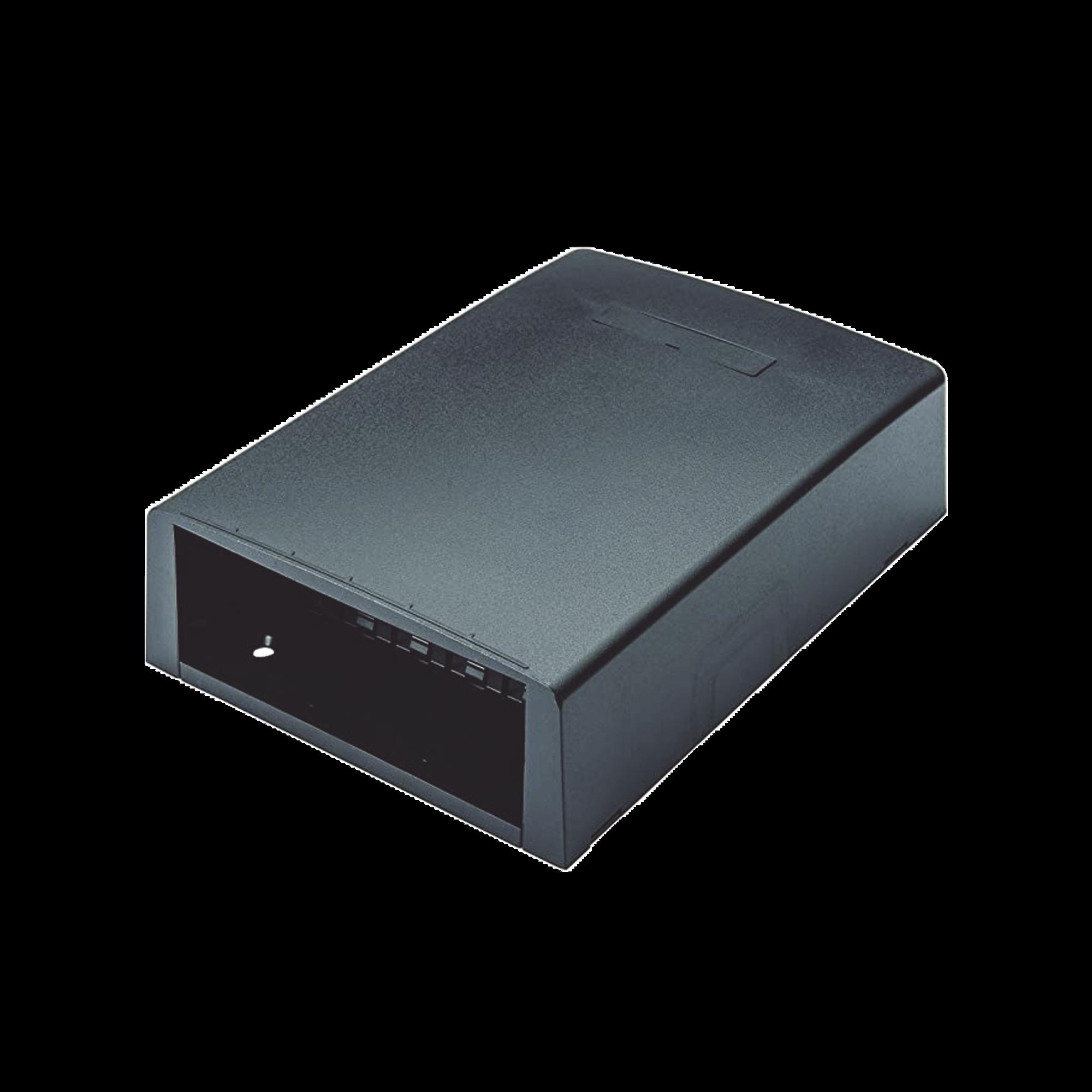 Caja de Montaje en Superficie, Con Accesorio para Resguardo de Fibra optica, Para 12 Modulos Mini-Com, Color Negro