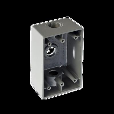 "Caja Condulet FS de 3/4"" (19.05mm) con tres bocas a prueba de intemperie."