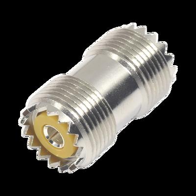 Adaptador Barril en Línea, de Conector UHF Hembra (SO-239) a UHF Hembra (SO-239), Niquel/ Plata/ Dap.