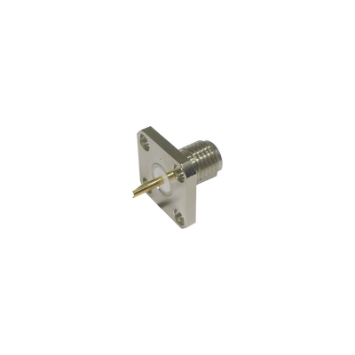 Conector SMA Hembra, Montaje de Panel Cuadrado, 4 Perforaciones, Soldable, Niquel/ Oro/ Teflón.