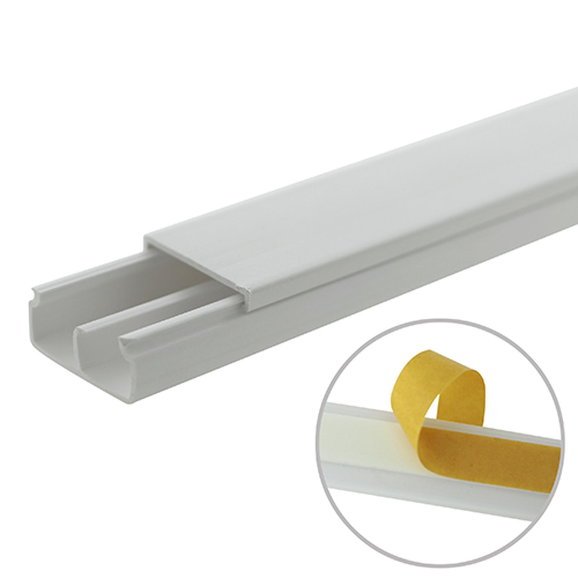 Canaleta blanca de PVC auto extinguible, con división, 20 x 10 mm, tramo 6 pies, con cinta adhesiva (5101-21252)