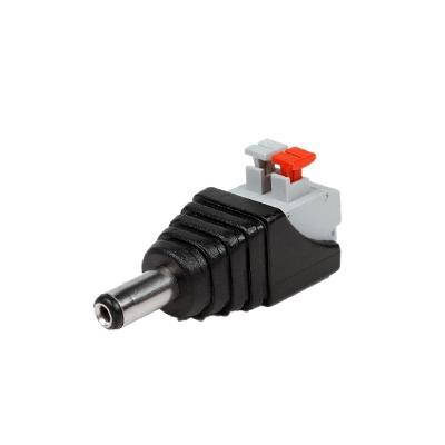 Adaptador tipo jack de 3.5 mm macho polarizado de 12 vcd con terminales de presión.