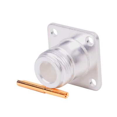 Conector N Hembra, montaje con 4 perforaciones a 18 mm