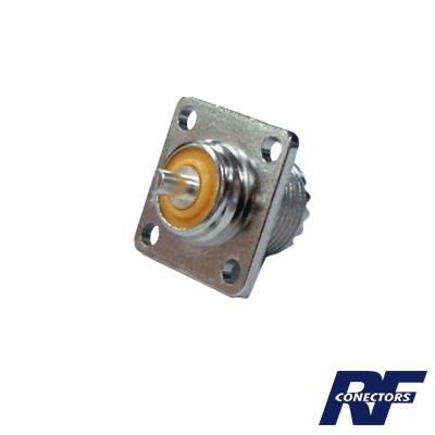 Conector UHF hembra (SO-239), montaje chasis con 4 perforaciones a 18 mm