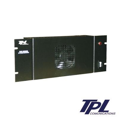 Amplificador de ciclo continuo, potencia de entrada - salida de 1-2.5 W - 80-150 W, en banda de VHF, consumo de 20 Amps, incluye ventilador. Para montaje en rack de 19.