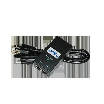 Adaptador de Power over Ethernet (PoE) para equipos UBIQUITI de 15 Vcc.
