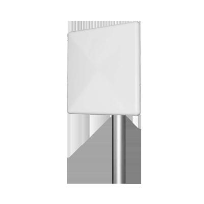 Antena 2.4 GHZ. Tipo Panel Ganancia 20 dBi. Dimensiones 30 x 30 4.5 cm - Peso 1.35 kg